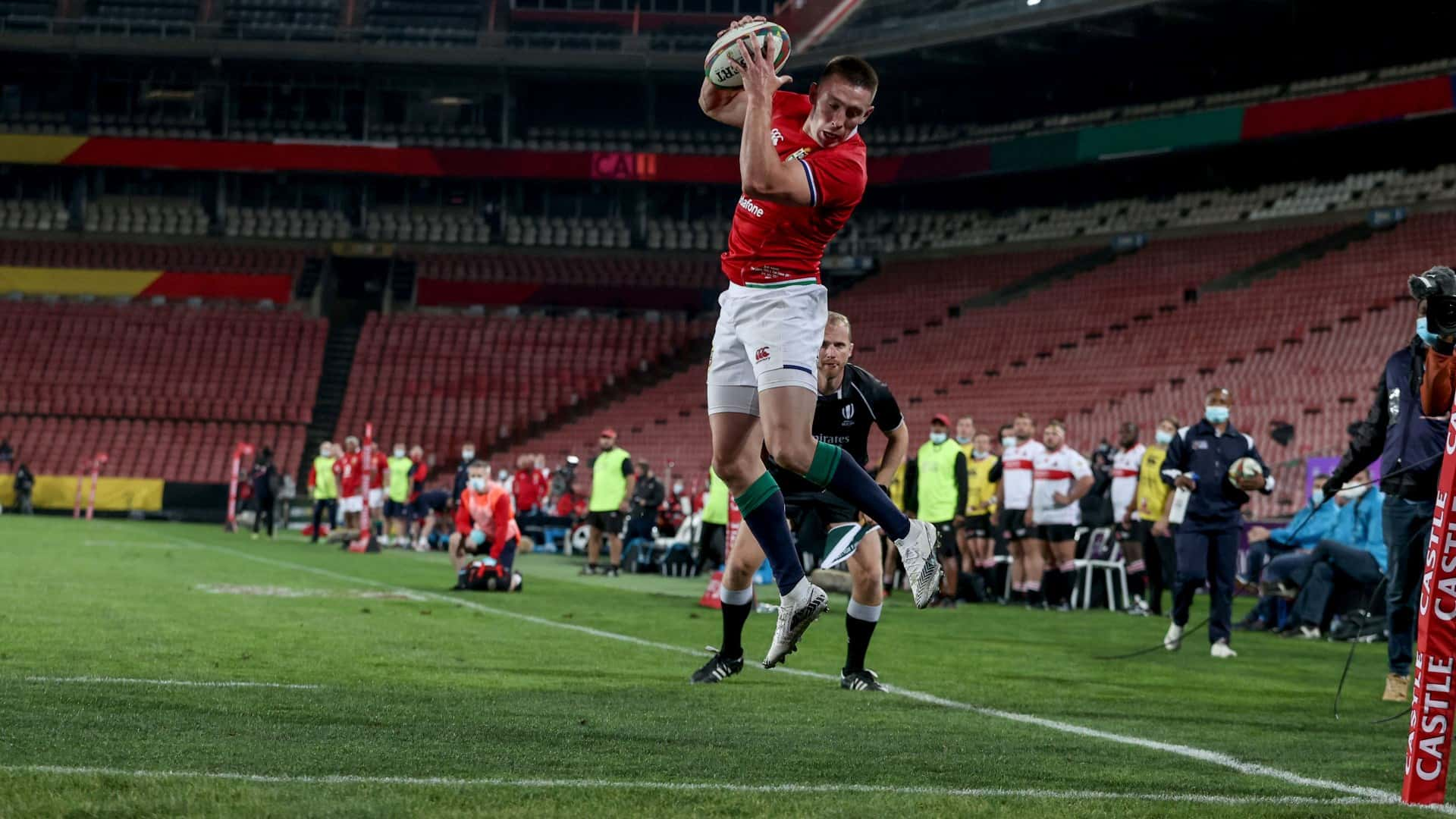Josh Adams leap try