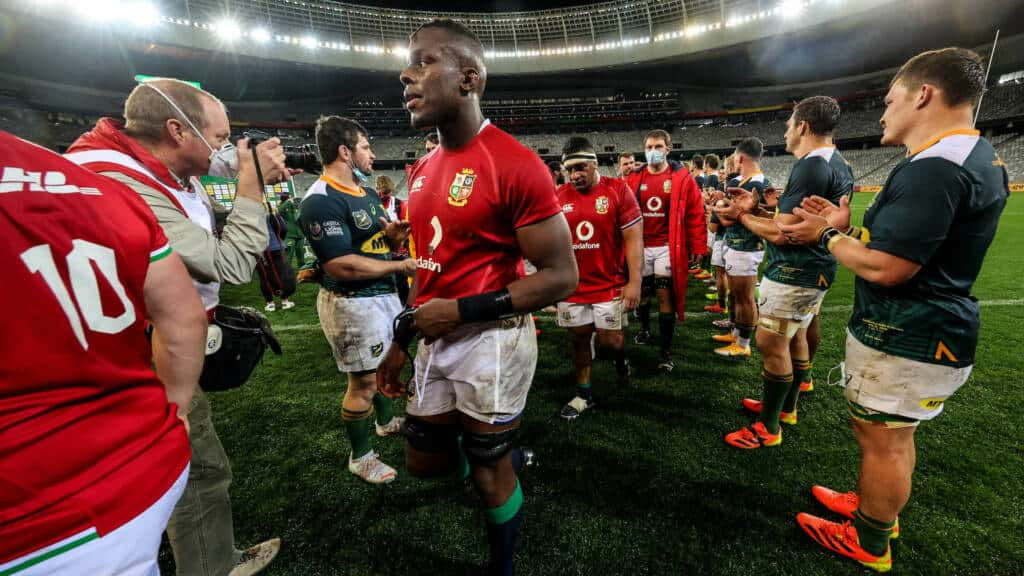 Maro Itoje dejected after the game