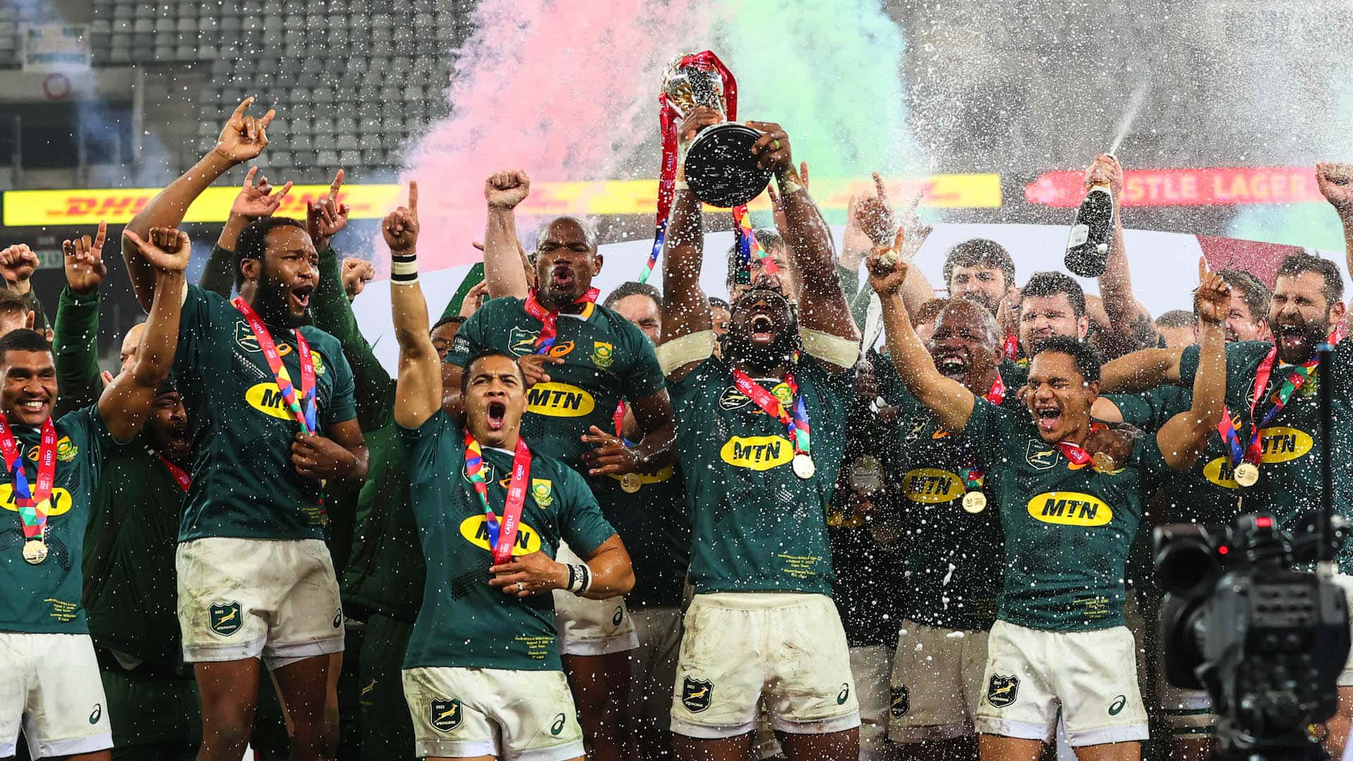 The South Africa team celebrate winning the Castle Lager Lions Series Trophy